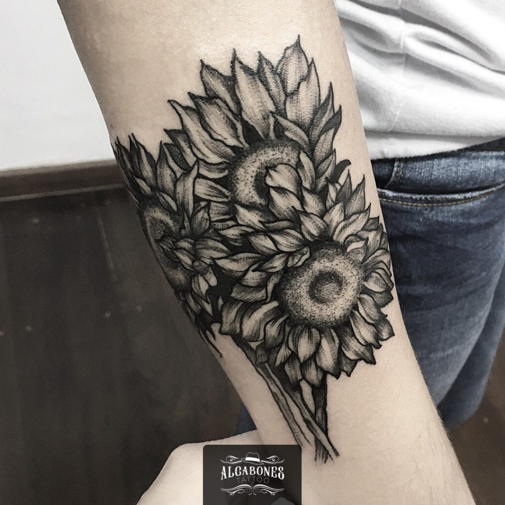 Amanda Lucateli - Alcabones Tattoo